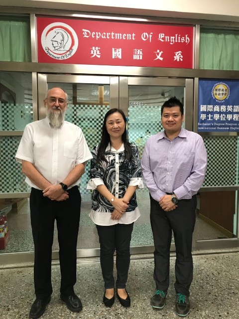 HKU professors shared research result on internationalization.